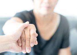 SCP: Kwart werkenden combineert werk met mantelzorg